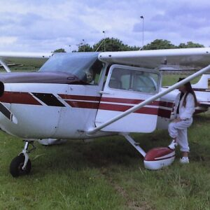 Flying Training. Learn to fly. Cessna 172. Flight school